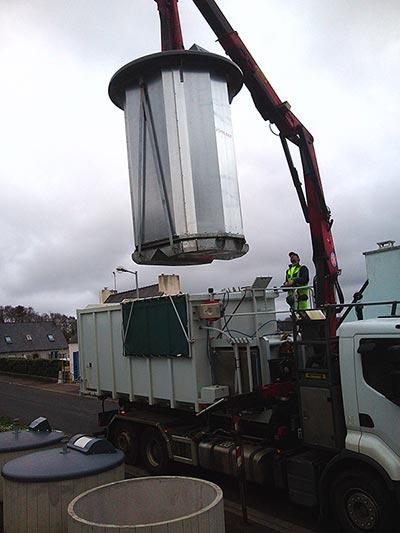 levage et lavage borne aerienne déchets sur caisson amovible
